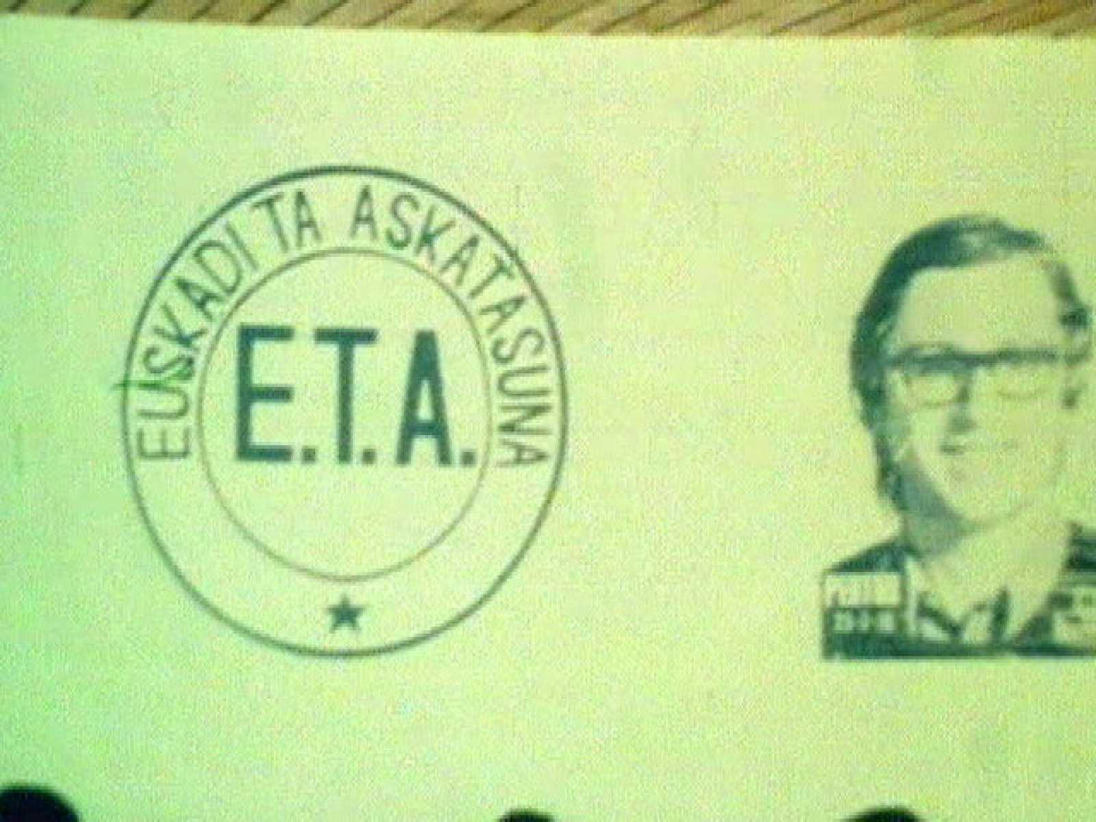 En 1982, ETA Político-militar decidió apostar por la vía política y en aquel caso  anunció su disolución