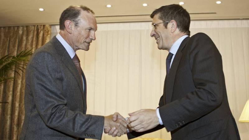 Patxi López ha convocado a los tres anteriores Lendakaris tras el comunicado de ETA