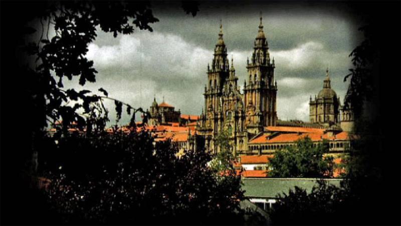 La mitad invisible - Santiago de Compostela - avance