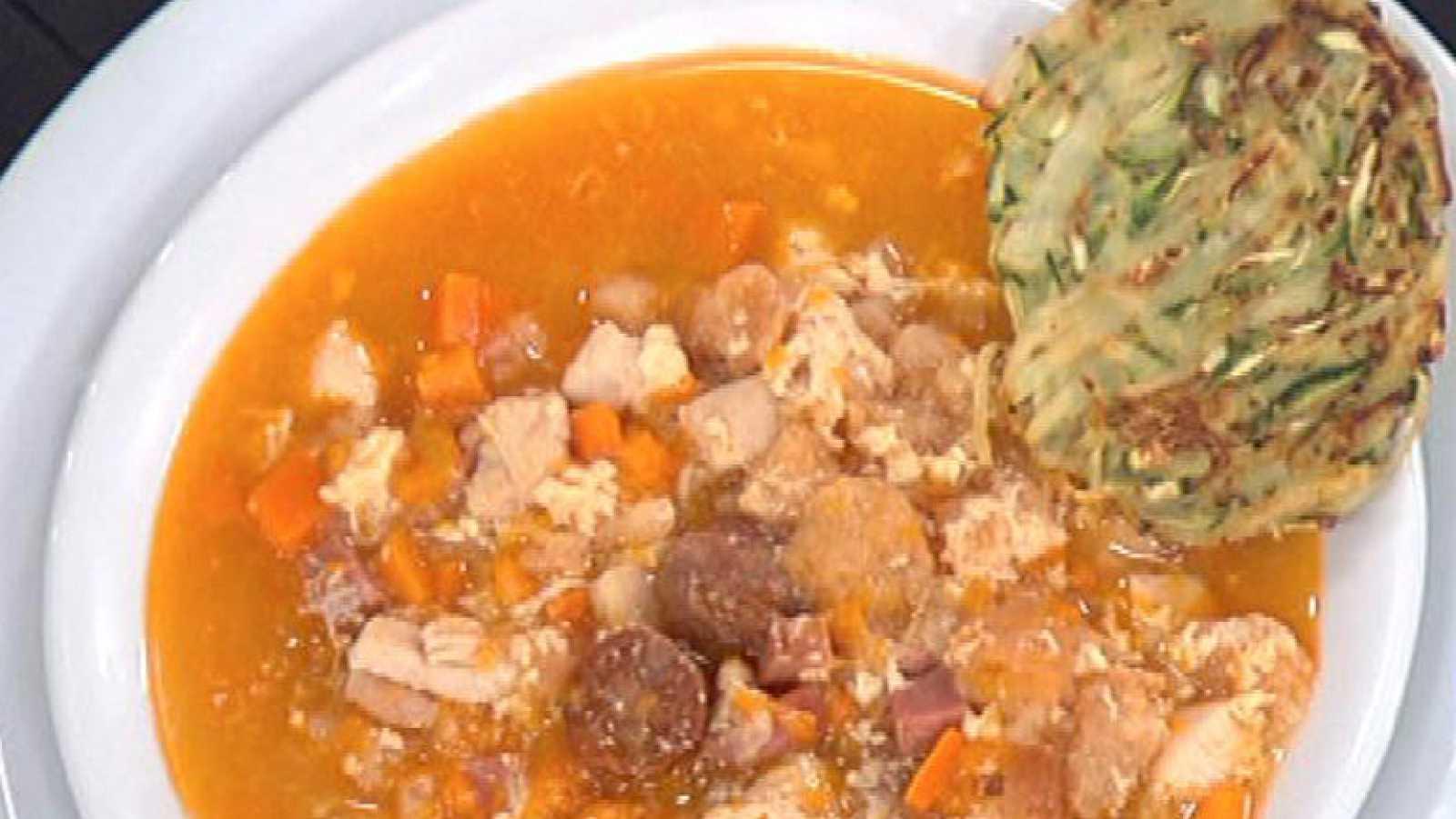 Sopa castellana con tortillas de calabacín y patata (29/11/2011)