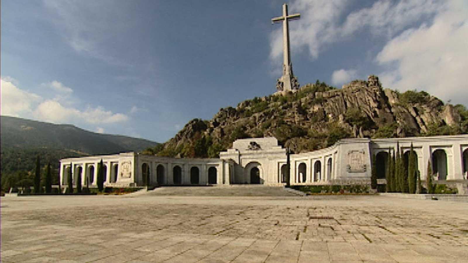 La comisión de expertos ha propuesto trasladar los restos de Franco