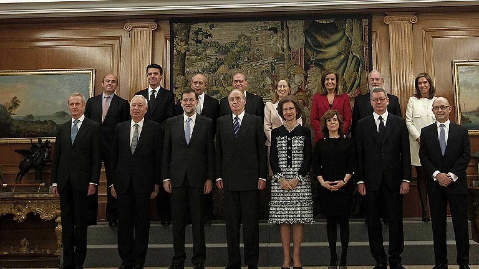 Todos los ministros del Gobierno de Rajoy juran su cargo