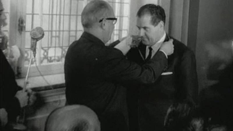 Eduardo Barreiros en el NO-DO
