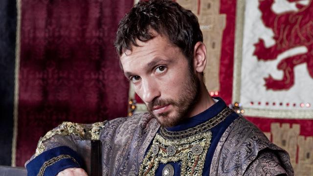 Isabel - ¿Cómo es Enrique IV?