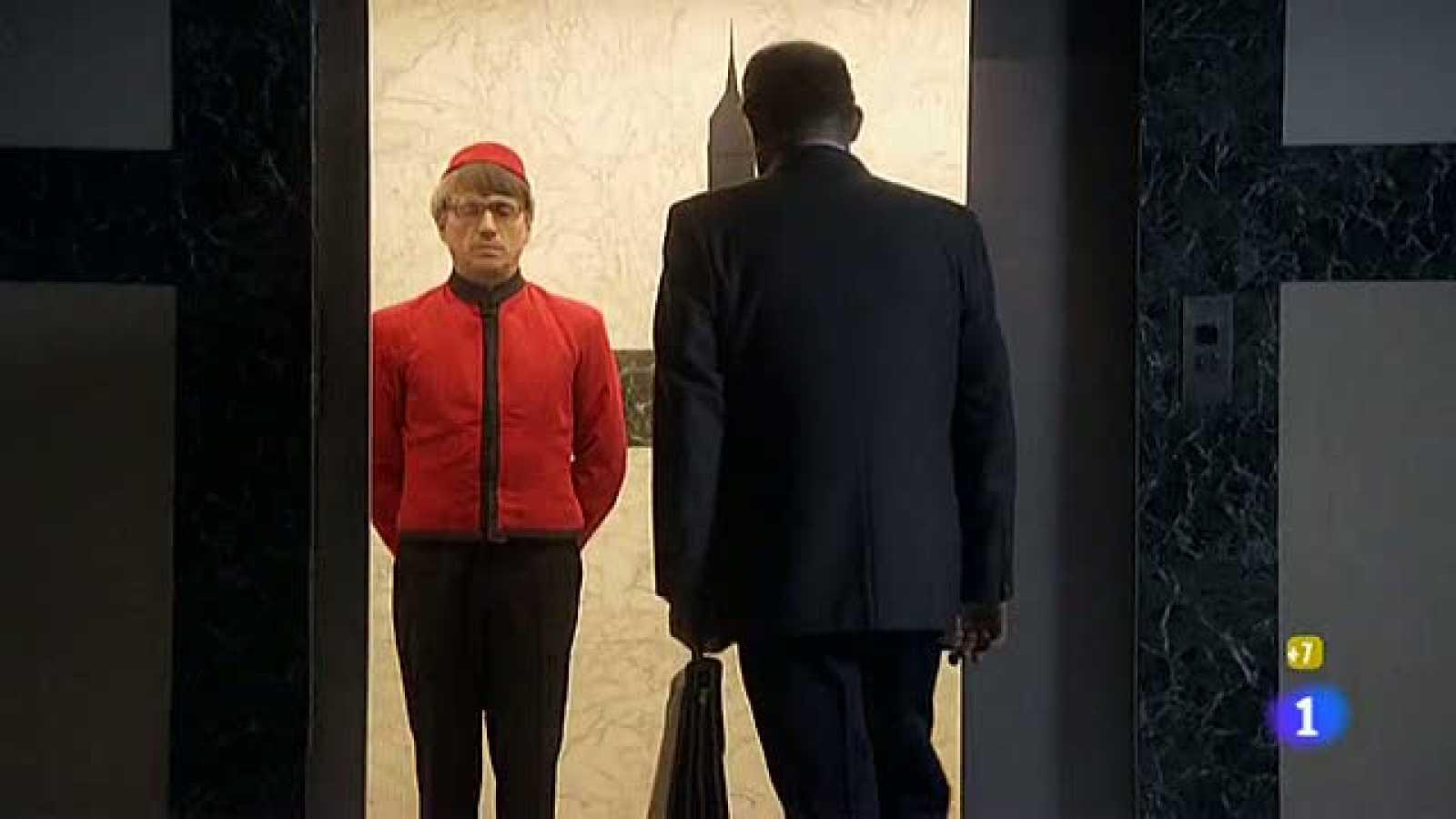 La hora de José Mota - Botones en el ascensor