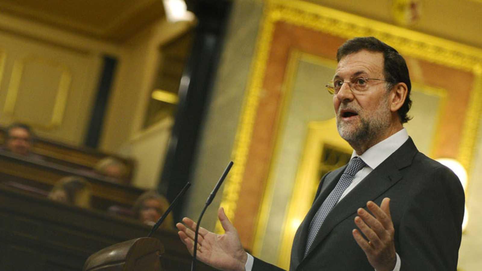 """Rajoy recrimina a Rubalcaba que use la conversación privada sobre la """"huelga"""" y le dice que él nunca usaría el sms que apareció en la prensa"""