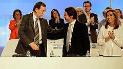 José María Aznar muestra su apoyo a Mariano Rajoy en su intervención en el plenario