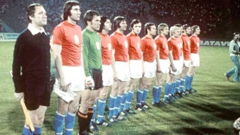Eurocopa 1976: Checoslovaquia gana a la RFA con el penalti de Panenka