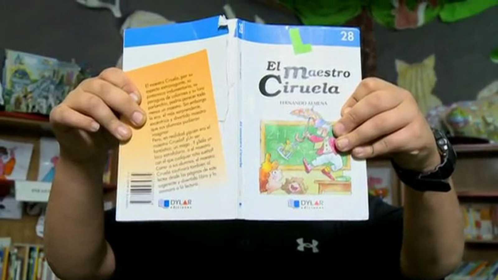 """Página 2 - Mini club de lectura: """"El maestro Ciruela"""""""