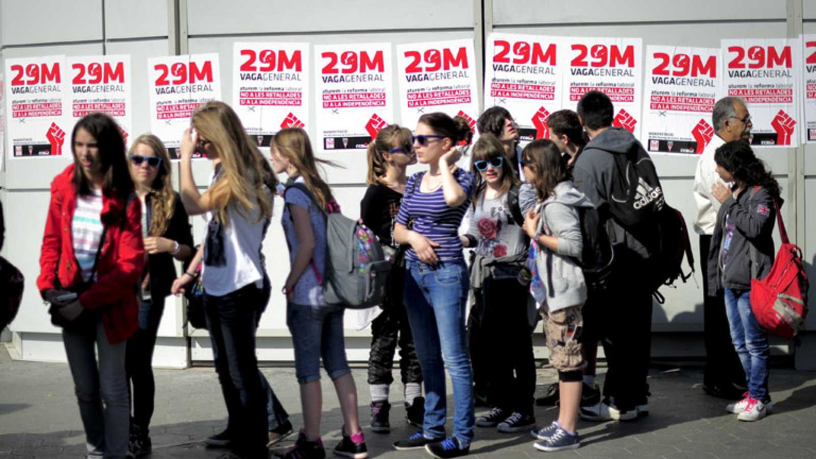 Manifestaciones multitudinarias en Barcelona, Bilbao y Valencia
