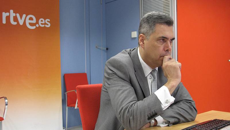 Enrique Dans, conocido bloguero y experto en nuevas tecnologías, ha eastado en las videoquedadas de RTVE.es para hablar sobre el futuro de Internet y los derechos de autor en la red. Así ha sido la charla con los usuarios de RTVE.es