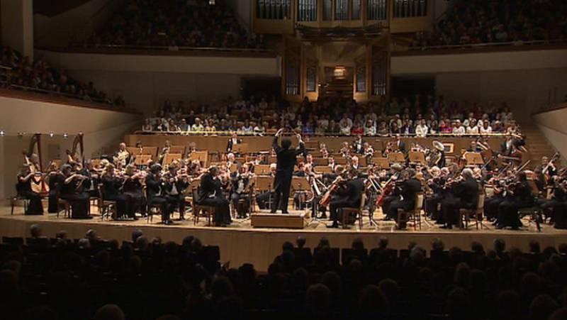 Gustavo Dudamel  uno de los directores de orquesta más prestigiosos de la actualidad