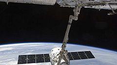 La cápsula privada Dragon se desacopla de la Estación Espacial Internacional