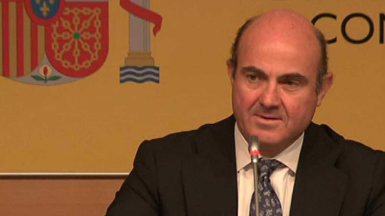 El ministro de Economía, Luis de Guindos confirma la solicitud del rescate financiero español a la UE.