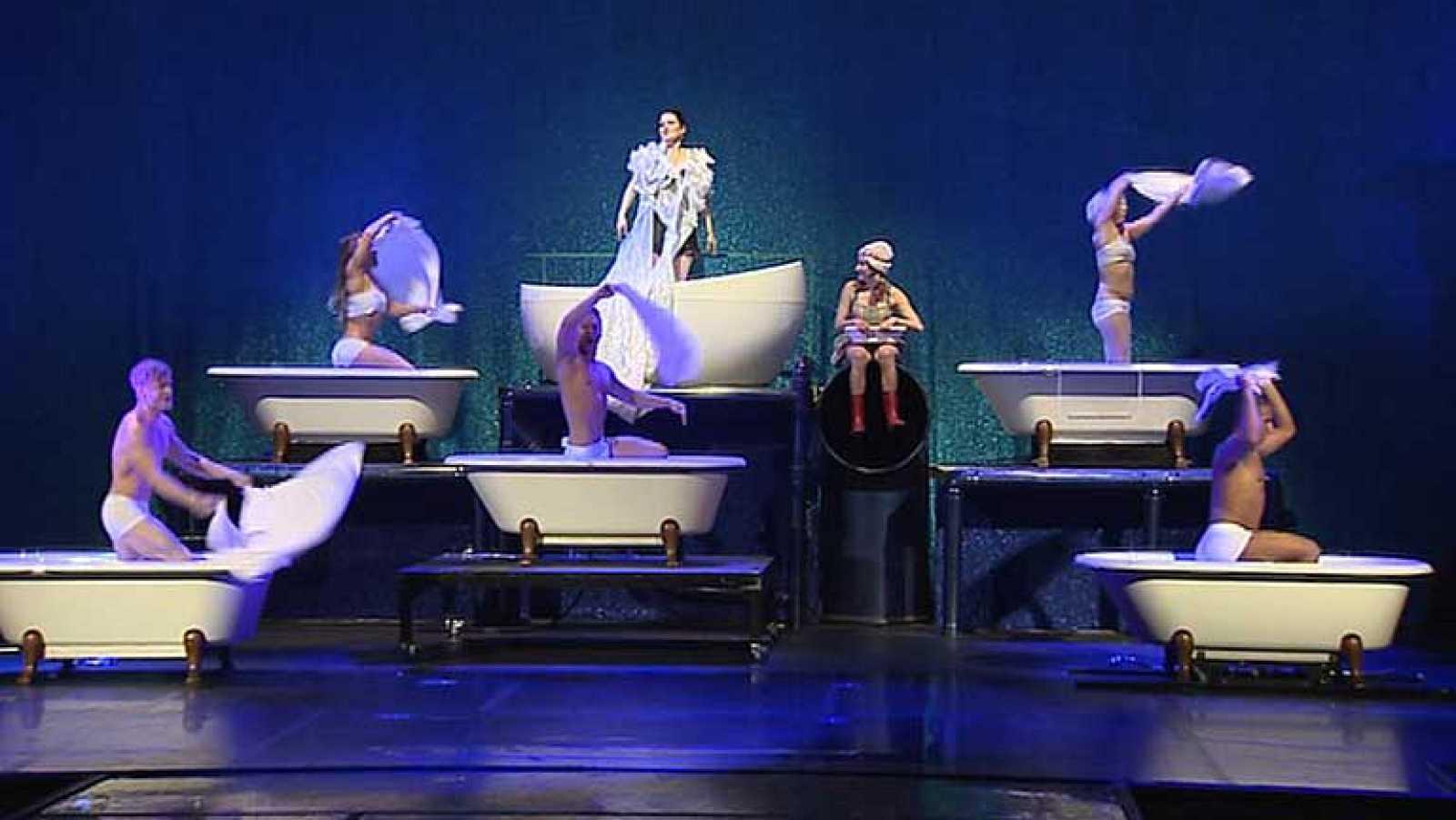 """""""The Soap Show"""": agua, danza y cabaret"""
