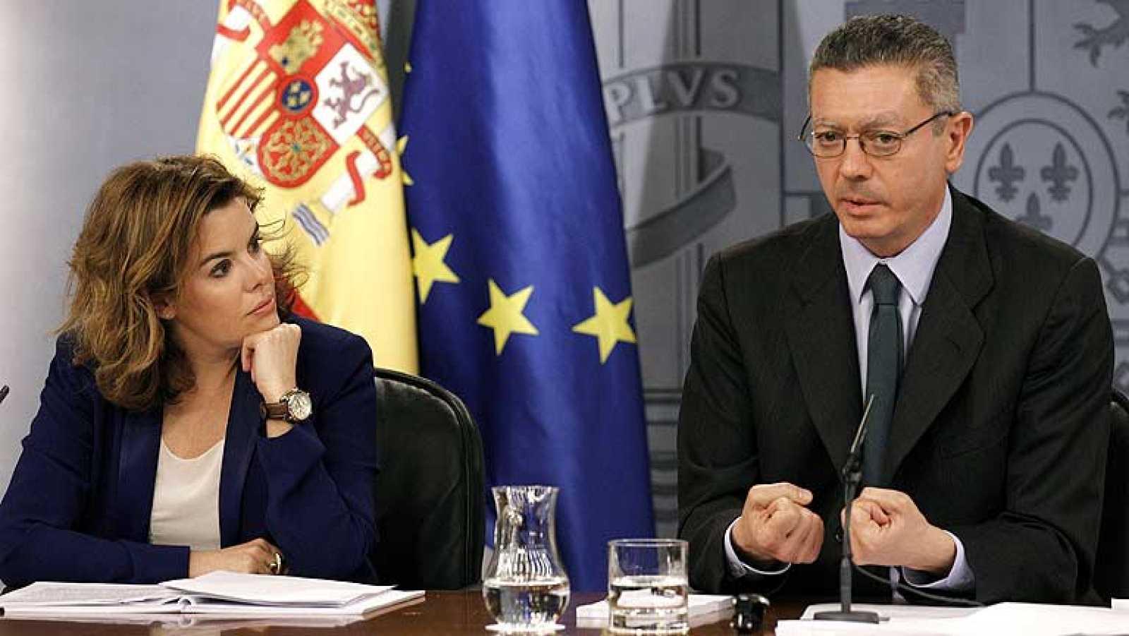 """El Gobierno pedirá el jueves a las CC.AA. """"mayores esfuerzos"""" para cumplir con el déficit"""