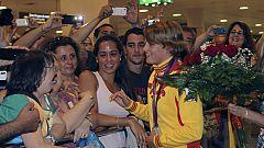 Mireia Belmonte, emocionada en su vuelta a casa