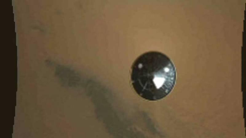 Primeras imágenes del aterrizaje del Curiosity en Marte