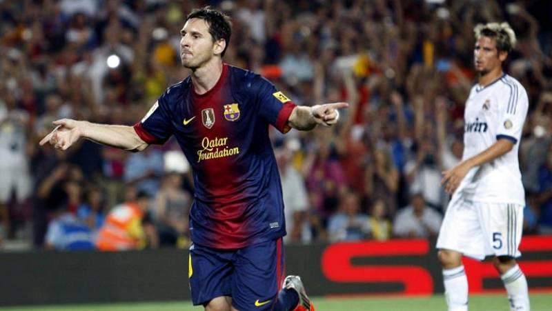 Un Barcelona muy superior dejó que el Real Madrid saliera hoy vivo del Camp Nou (3-2) cuando ya estaba fundido. Una clarísima ocasión malograda por Messi y un error garrafal de Valdés en la recta final dejan el título de la Supercopa abierto para la