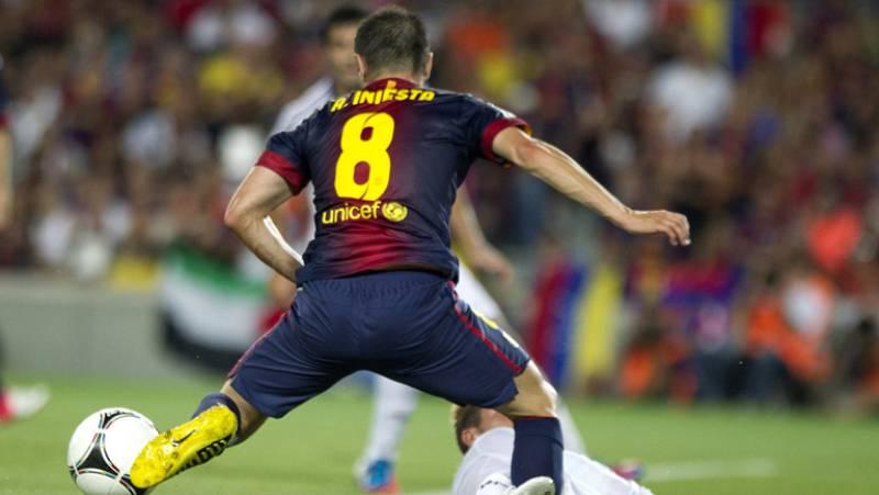 El césped del Camp Nou estaba lleno de jugadores con talento, técnica y genio, pero hay un hombre que brilló por encima del resto.  Andrés Iniesta estuvo excepcional y realizó un gran partido apuntandose a la lucha por ser el mejor jugador UEFA, prem