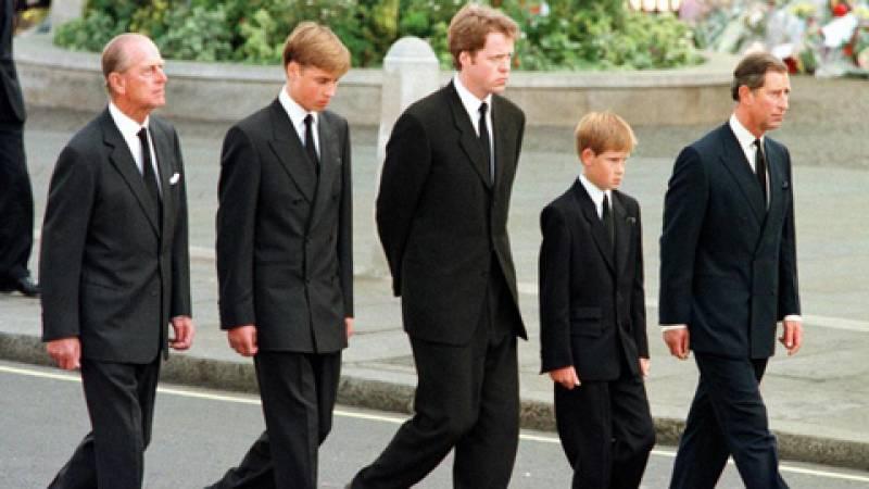 Fue Informe - Adiós, Diana (Funeral de Diana de Gales) - Ver ahora