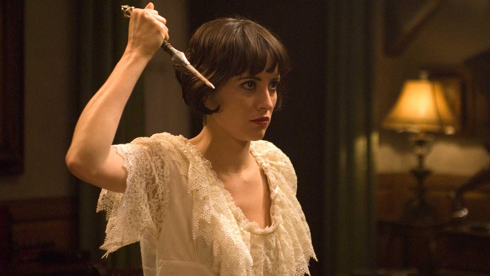 La Señora - Capítulo 4 - Hugo de Viana reta a duelo a Ángel - ver ahora