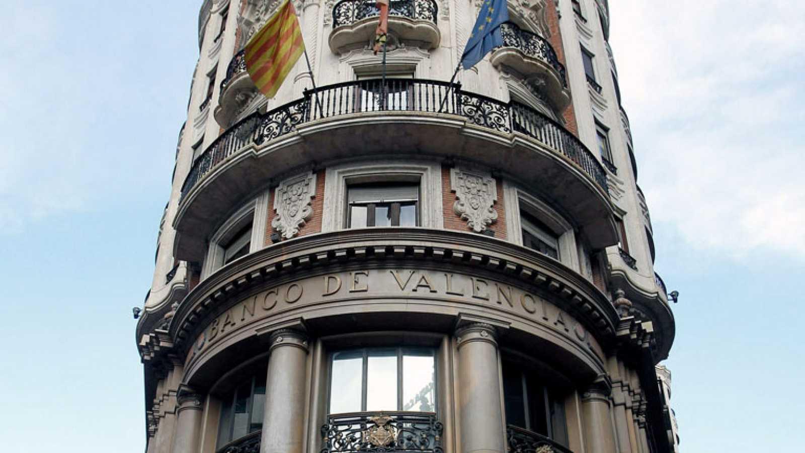 El FROB adjudica el Banco de Valencia a La Caixa por el precio simbólico de un euro tras inyectarle 4.500 millones