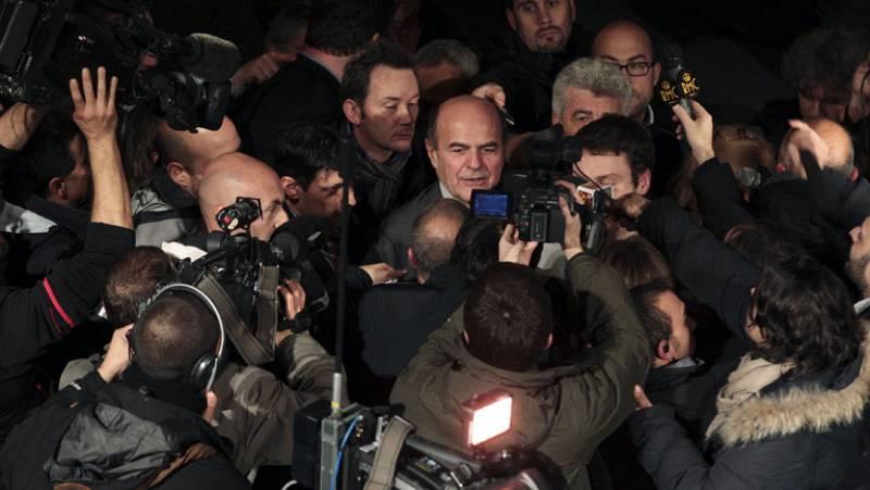 Pier Luigi Bersani vence a Matteo Renzi en las primarias del centro izquierda italiano