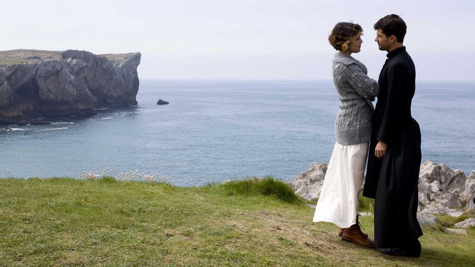La Señora - Capítulo 12 -  Los accidentes en la mina arrecian mientras Gonzalo y Victoria preparan su boda - ver ahora