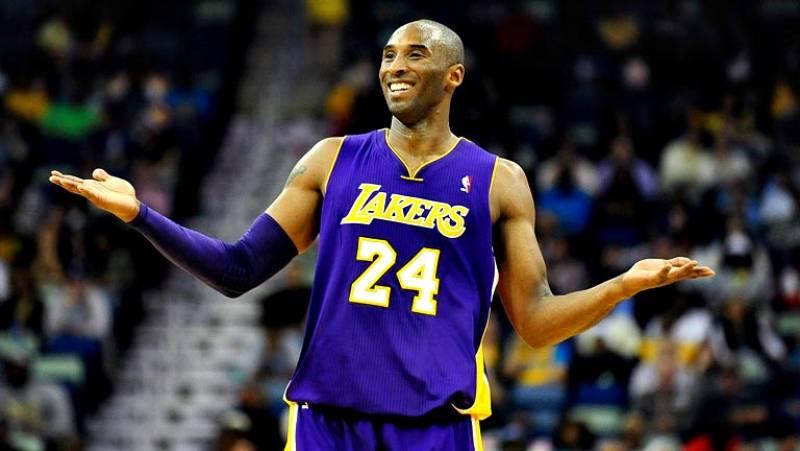 El escolta de Los Angeles Lakers Kobe Bryant entró esta pasada  madrugada en la historia de la NBA tras convertirse en el jugador más  joven en alcanzar los 30.000 puntos, tras anotar 29 en la victoria  por 87-103 de su equipo ante los New Orleans Ho