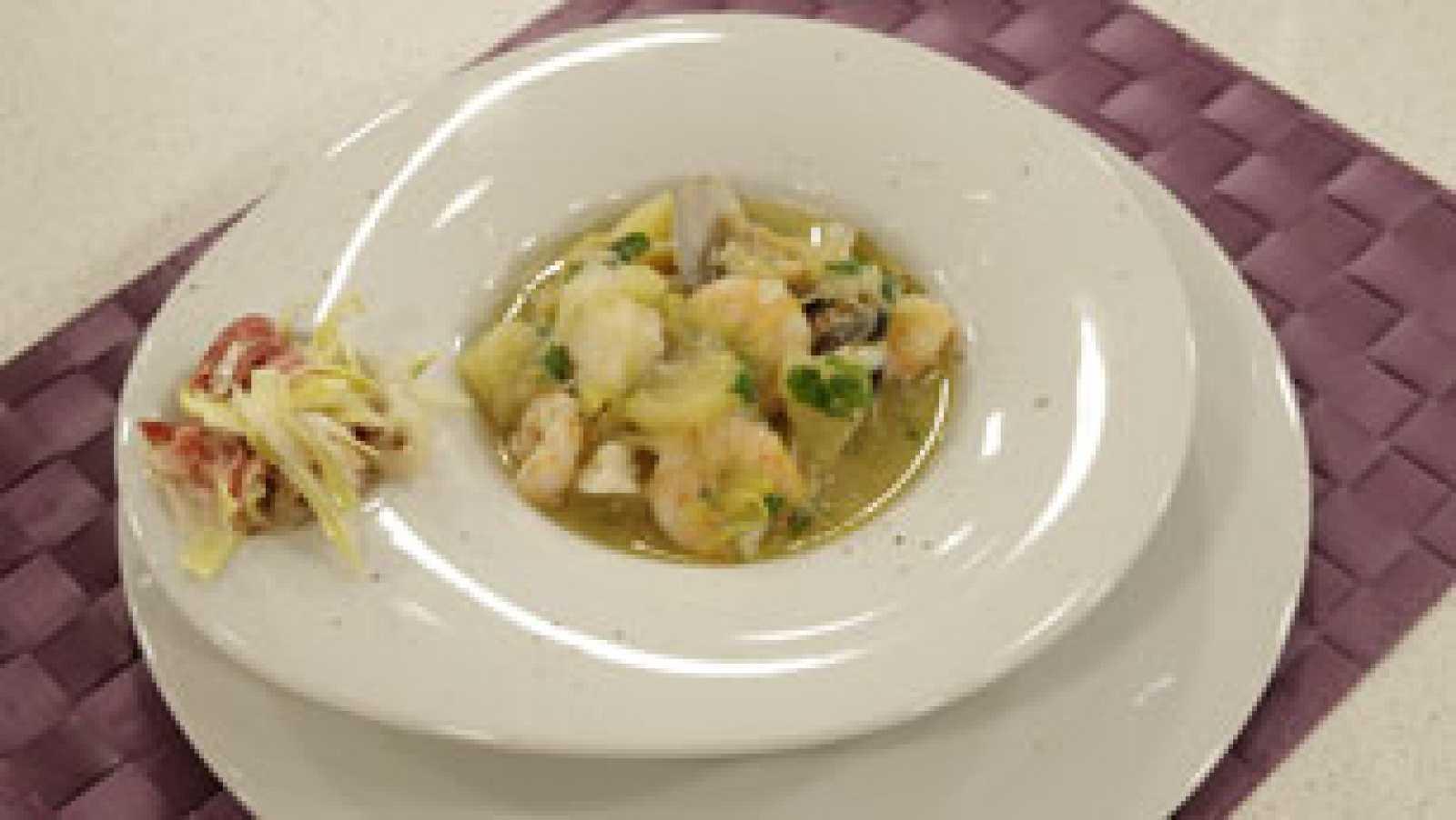 Saber cocinar - Porrusalda de bacalao y marisco con ensalada de apio