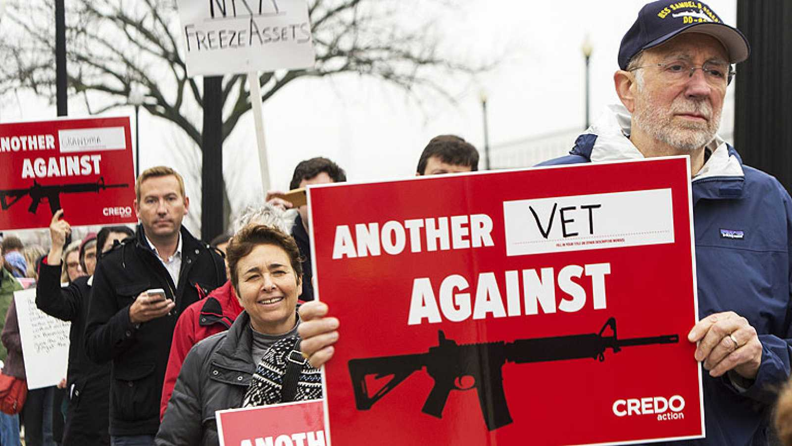 """Obama quiere """"avanzar"""" hacia el control de las armas de fuego"""