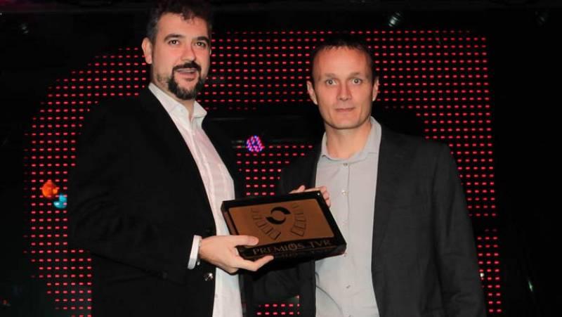 El programa de tecnología, aplicaciones, videojuegos y cultura digital de TVE, 'Zoom Net',  recoge este miércoles en Logroño el Premio TVR 2012 al Mejor Programa Divulgativo que concede la televisión autonómica de La Rioja, TVR.