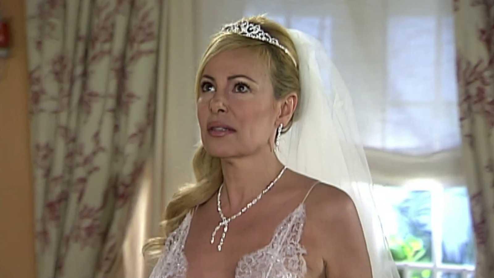 Ana y los siete - Episodio 90 - La esperada boda I - ver vídeo