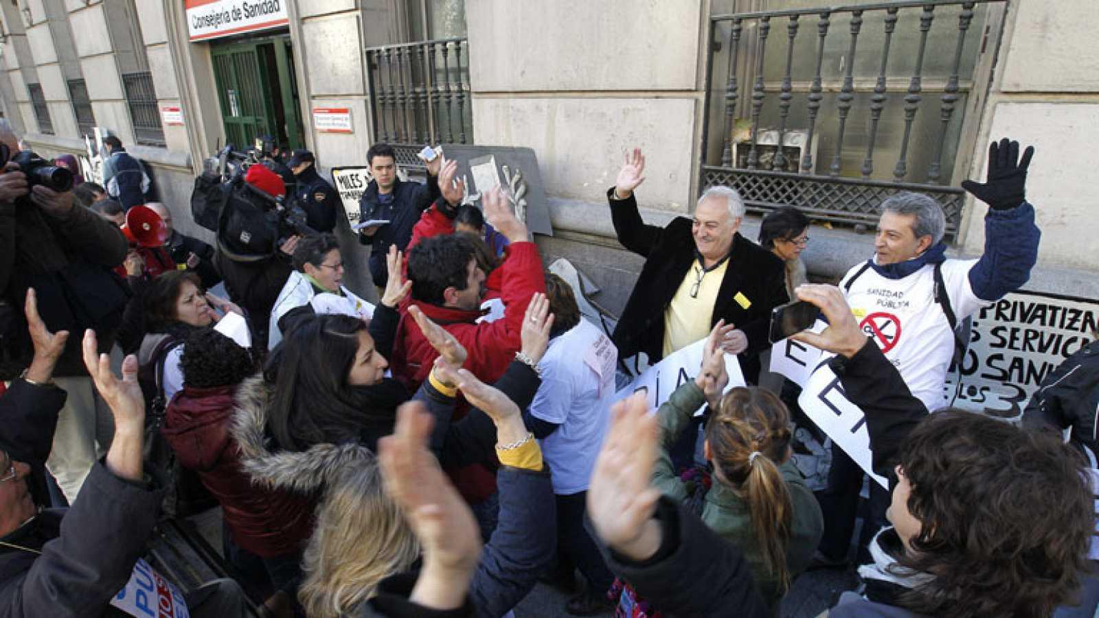 Los médicos especialistas abandonan la huelga indefinida en la Comunidad de Madrid