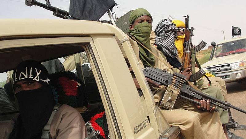 """Francia prestará asistencia militar a Mali """"en el marco de la ONU"""""""