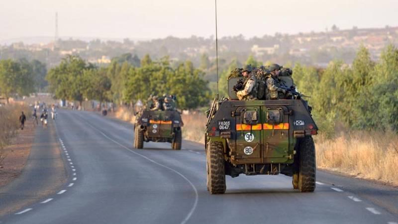 Las fuerzas terrestres francesas se dirigen hacia el norte de Mali