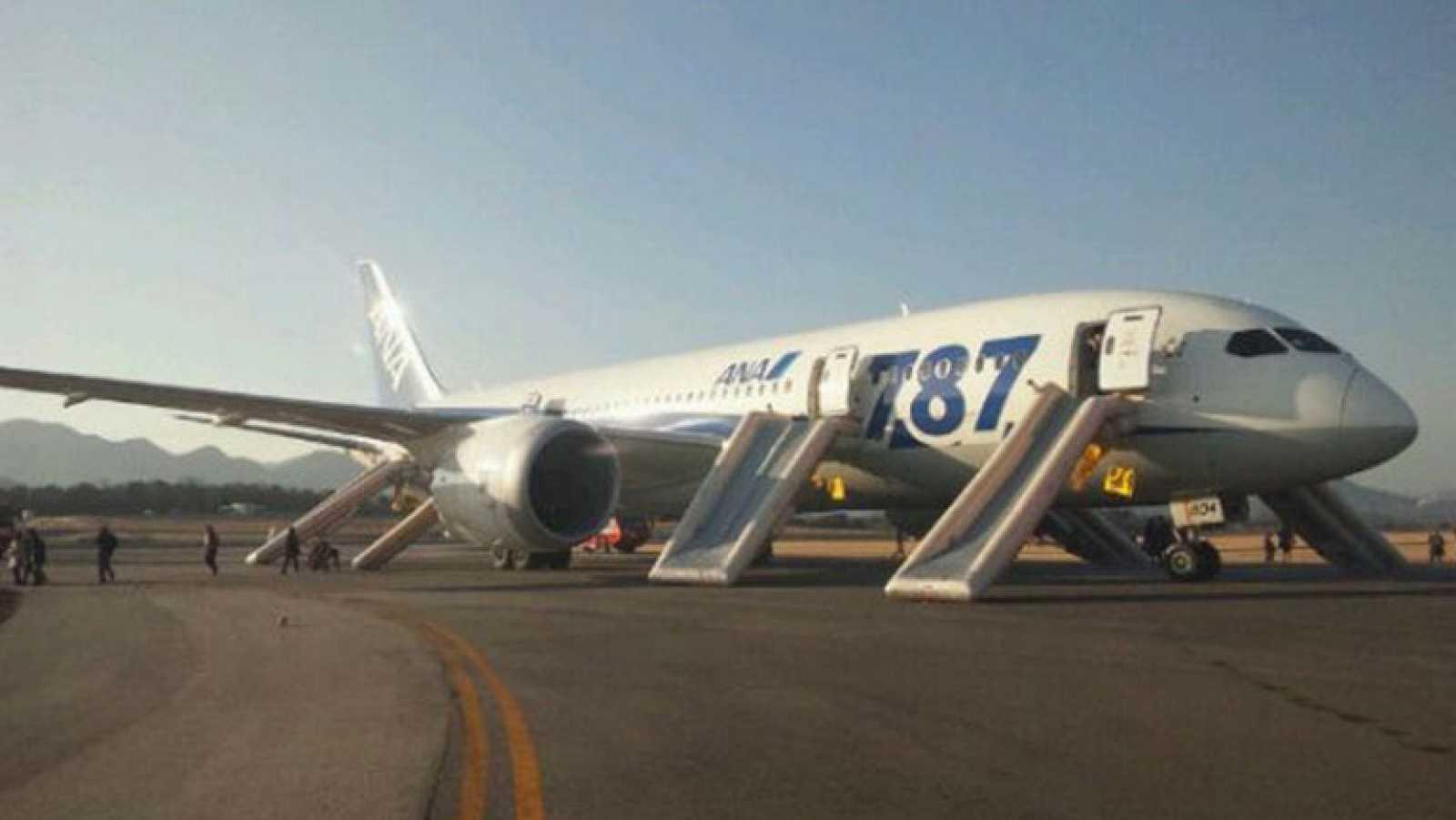 Suspendidas las operaciones de los Boeing 787 en las aerolíneas japonesas ANA y JAL