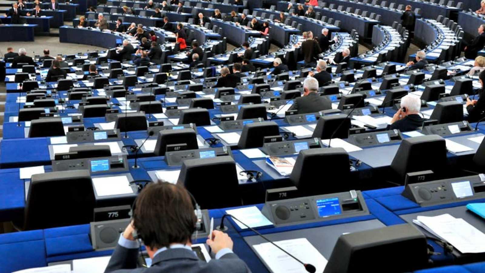 El Parlamento Europeo aprueba nuevos límites a la actividad de las agencias de calificación