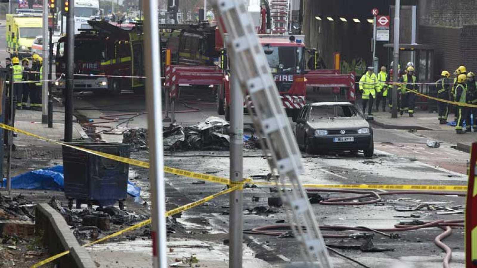 Dos personas mueren en Londres en un accidente de helicóptero
