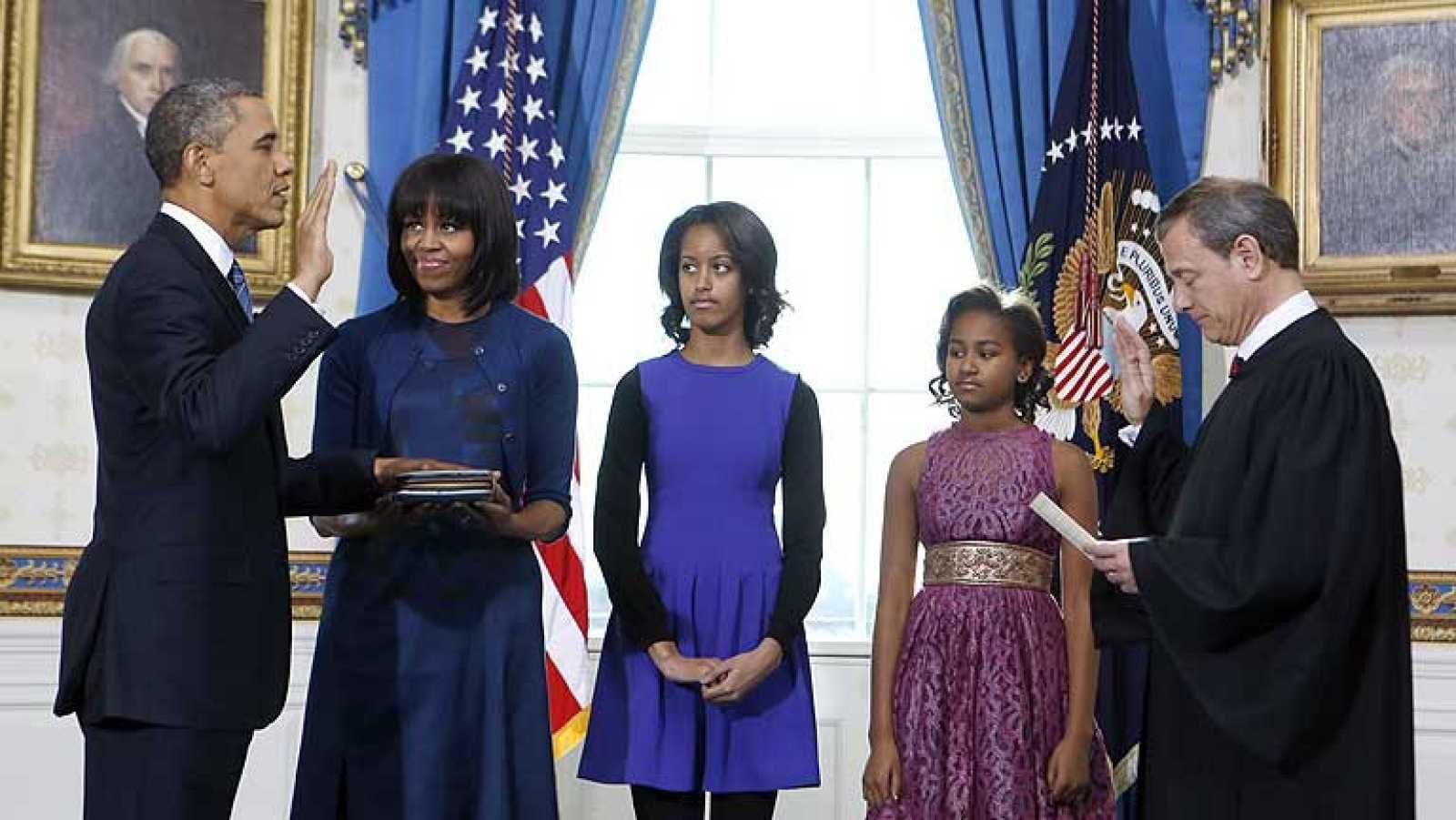 Obama jura su segundo mandato en una ceremonia privada en la Casa Blanca