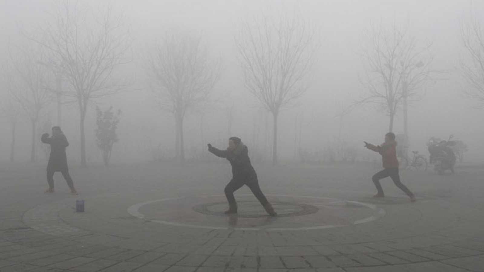 Pekín está en alerta por contaminación por cuarta vez en un mes