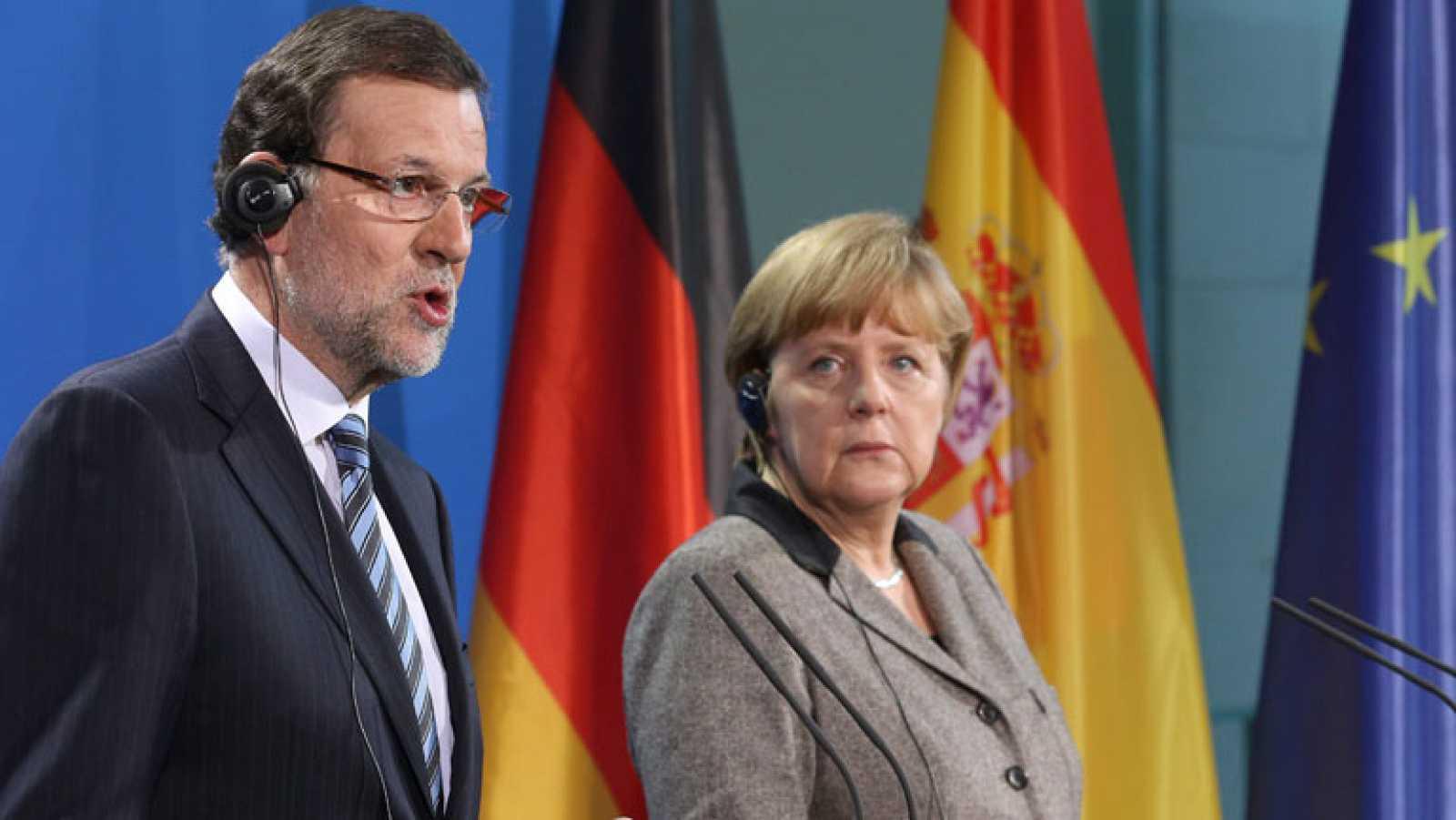 Rajoy insiste en que es falso lo que se publica sobre la presunta contabilidad B del partido popular