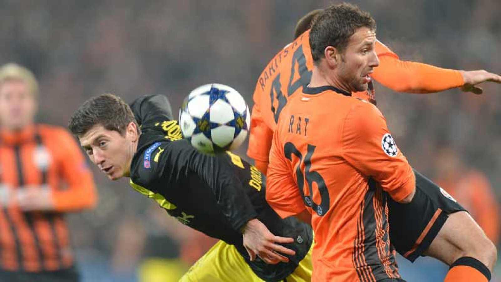 El Shakhtar Donetsk y el Borussia Dortmund han empatado a dos goles en su partida de ida de octavos de final de la Liga de Campeones, con lo que la eliminatoria queda en ligera ventaja para el campeón alemán por el valor doble de los goles como visit