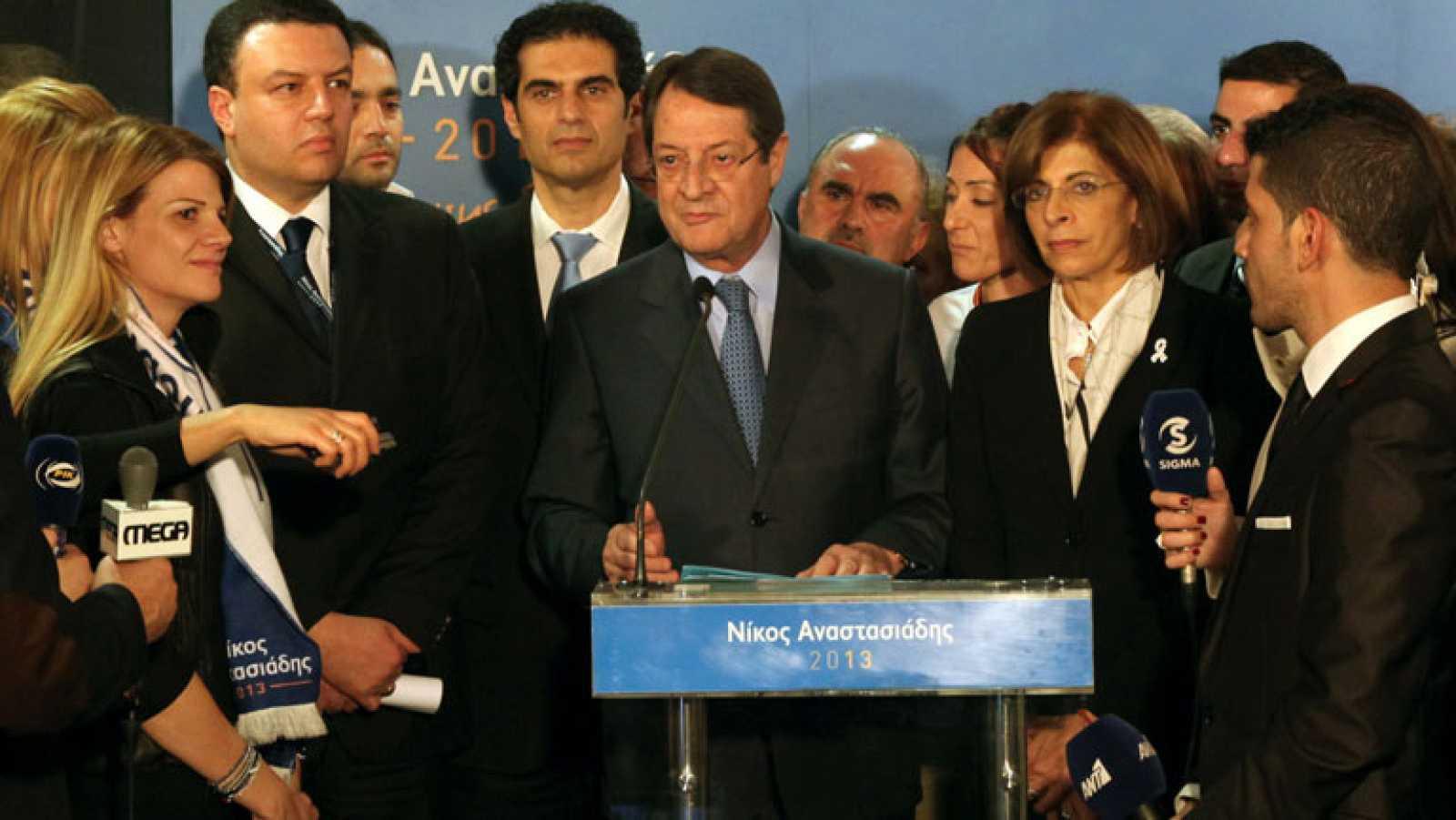 Conservadores y comunistas se enfrentarán en una segunda vuelta en Chipre