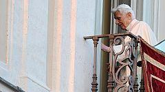 Benedicto XVI deja el papado y se despide de sus fieles desde Castelgandolfo