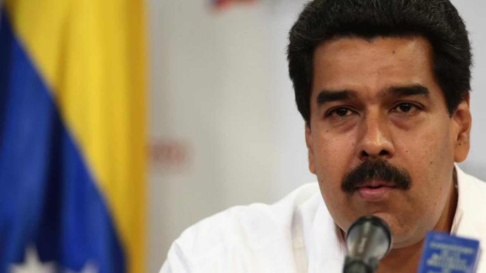 El vicepresidente venezolano, Nicolás Maduro, informa del delicado momento de Chávez