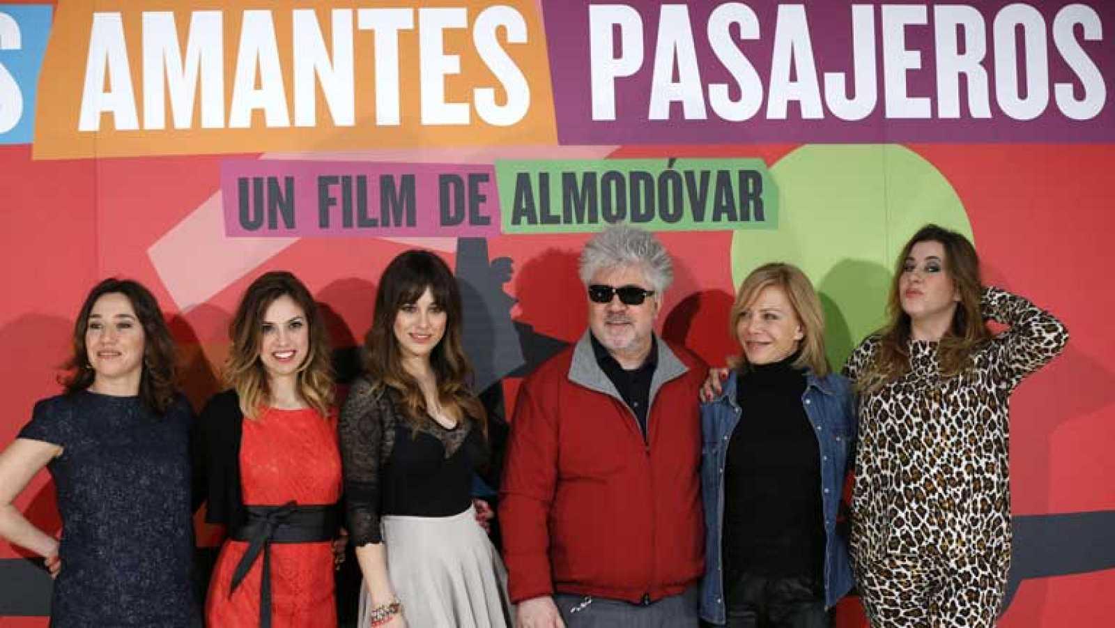 Estreno de Los amantes pasajeros de Pedro Almodóvar
