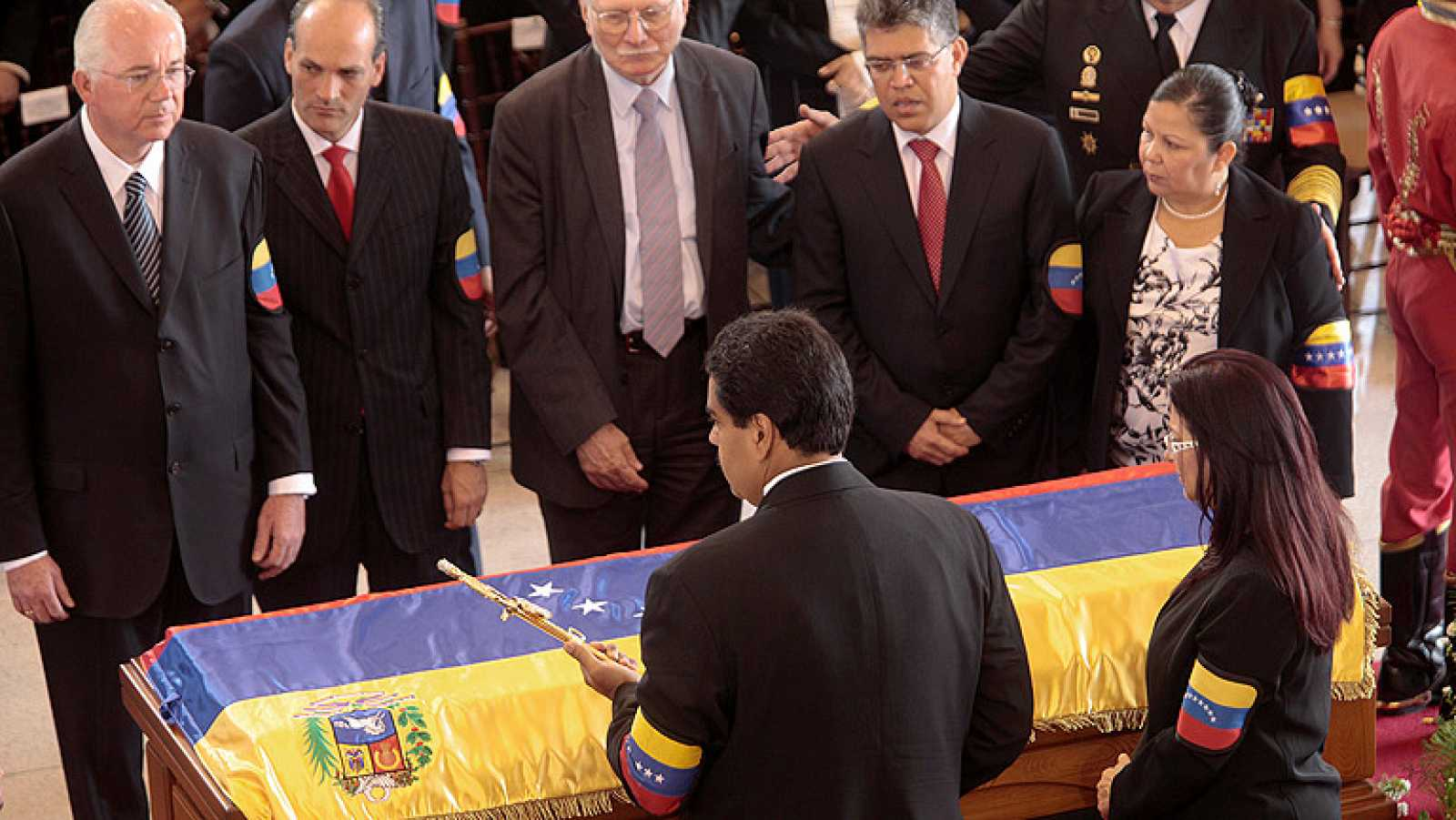 """Maduro: """"Comandante, no pudieron contigo, no podrán con nosotros jamás"""""""