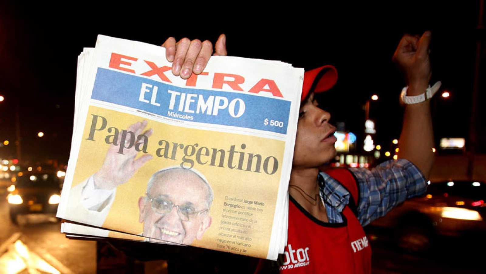 El papa recibe la felicitación de los líderes políticos